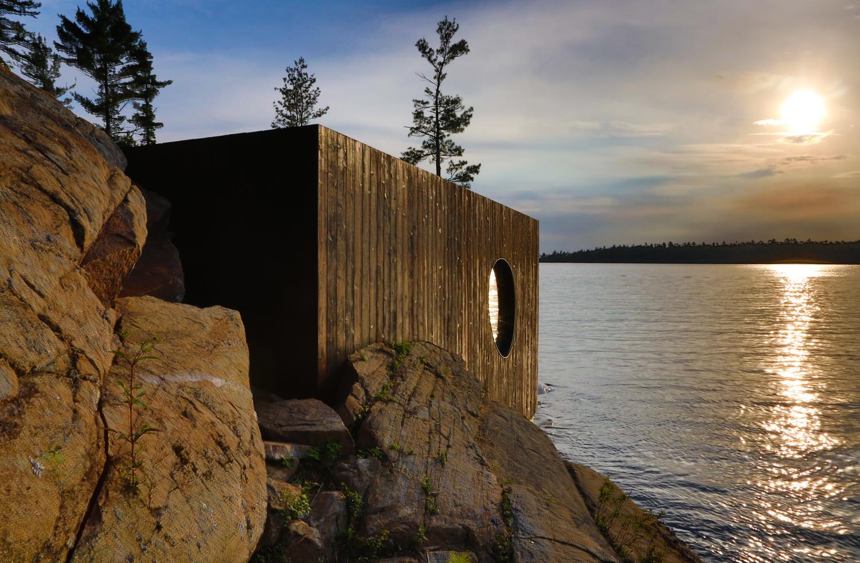 Grotto Curved Cabin, Ontario, Canada