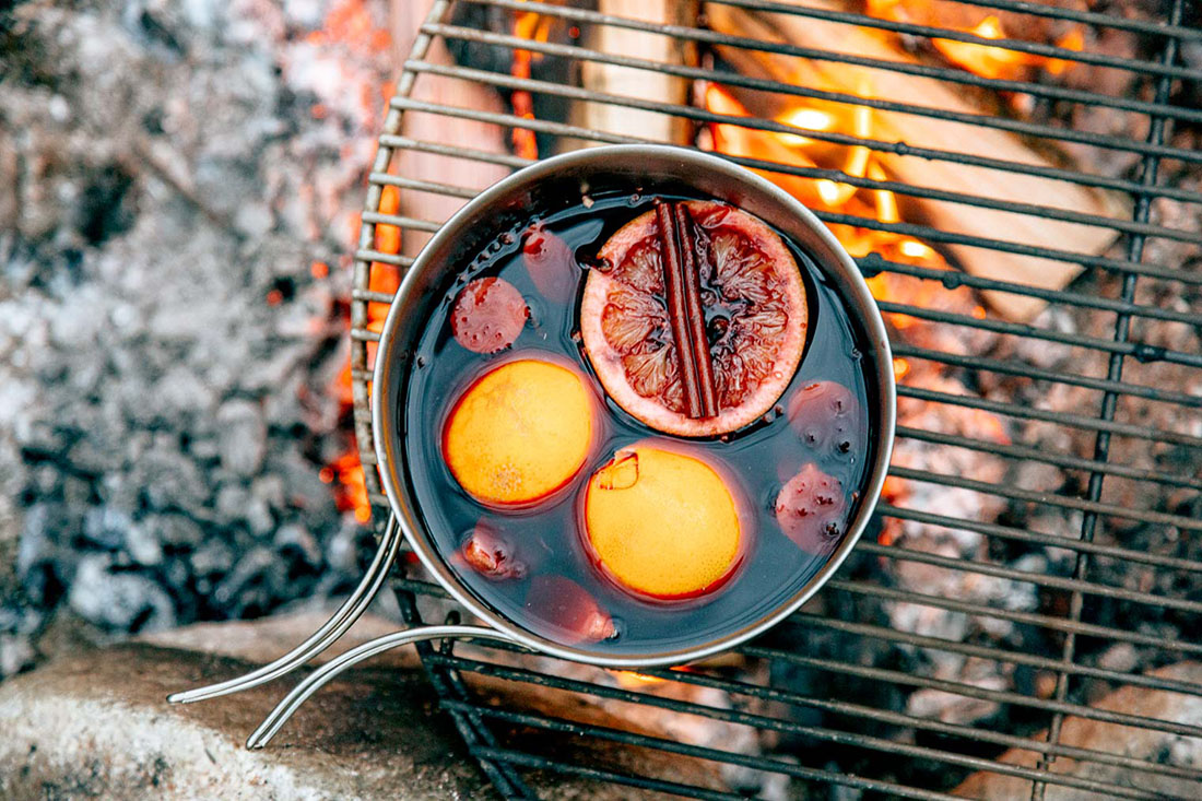 Campfire Mulled Wine Is the Perfect Way to Ride Out a Storm or Chilly Evening