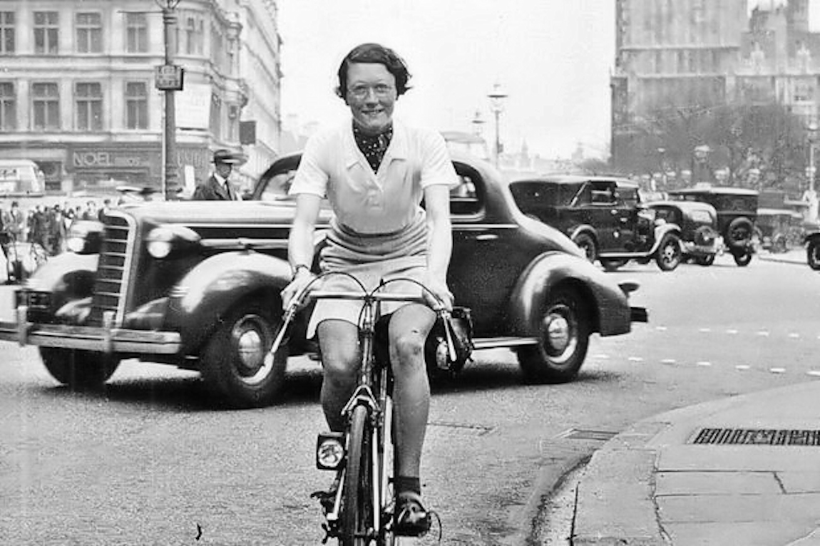 Historical Badass: Endurance Cyclist Billie Fleming