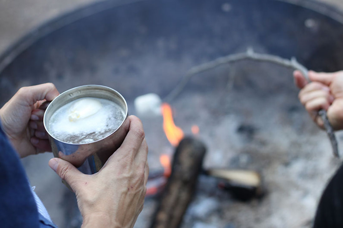 A Vanilla Cider Cocktail to Warm Your Fall and Winter Excursions